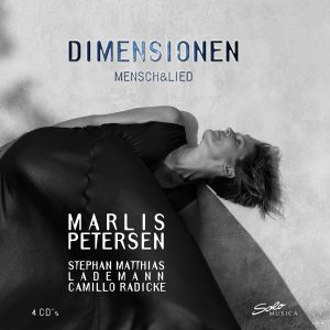 {:de}Marlis Petersen – Dimensionen Mensch & Lied (4 CD-Box){:}{:en}Marlis Petersen - Neue Welt (Bonus CD){:}